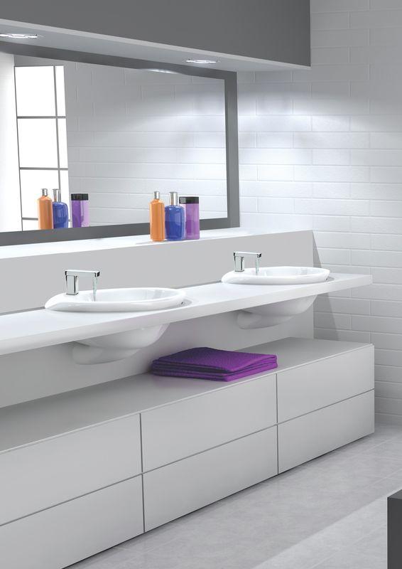 mitigeur lavabo chrom avec bec cascade slyde. Black Bedroom Furniture Sets. Home Design Ideas